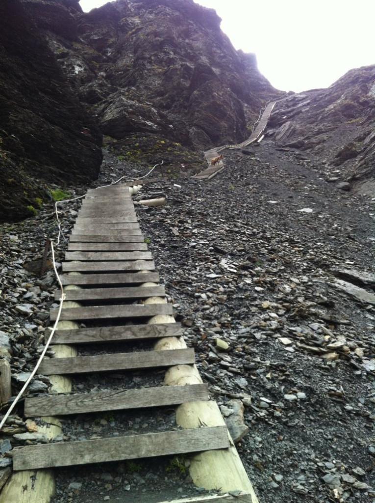230 Stufen hoch zur Furgge
