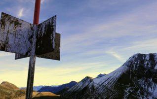 Metschhorn 2'229m und Elsighorn 2'341m